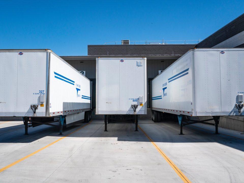 logistics truck trailers